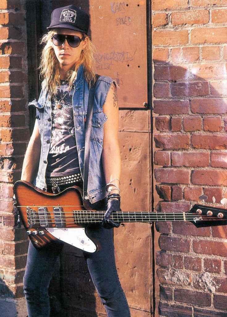 Duff McKagen Guns N Roses Rotosound bass player Swing Bass 66
